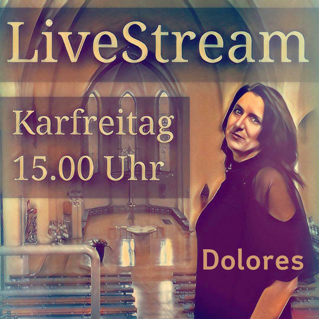 Dolores singt Messe